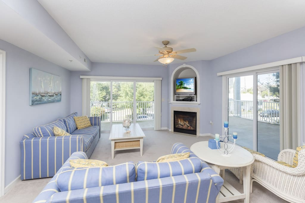 Gorgeous 3 Bedroom Bayside Condo in Ocean City, Maryland.