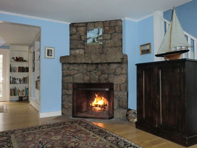 Stone's Throw Cottage- Seal Harbor - Mount Desert - Casa