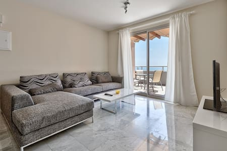 One bedroom luxury apartment w/panoramic sea-view - Agios Tychon