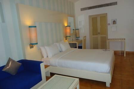 Pool Facing Luxury Room @ Colva - Colva - Butik otel