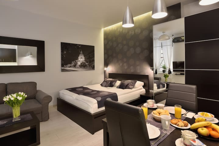Urban Spirit Apartment