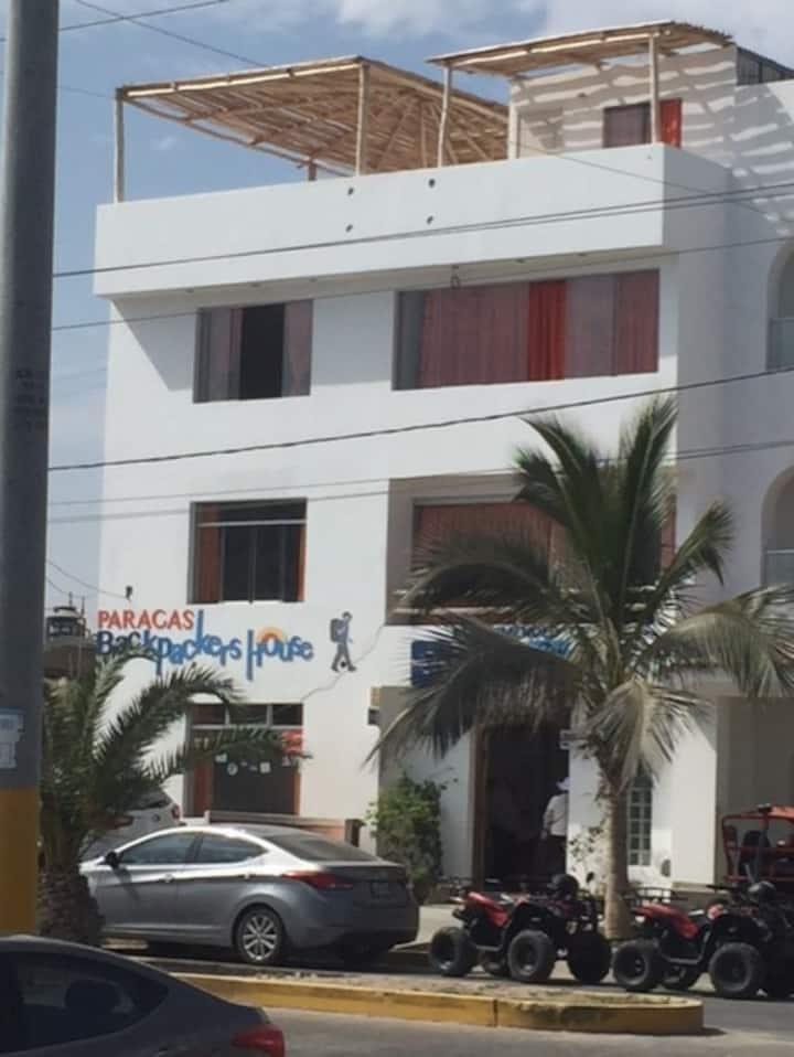 Cuádruple Paracas Backpackers' House