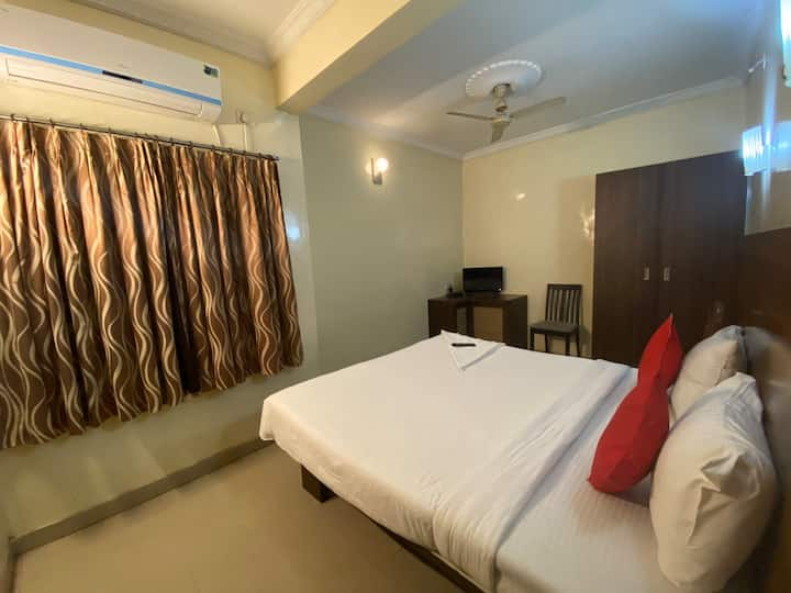 Cosy Private Room in Pune City