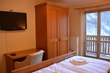 Hotel Alpine, Log pod Mangartom apartment 3