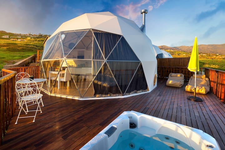 Soul Glamping - Luxury Dome with private jacuzzi