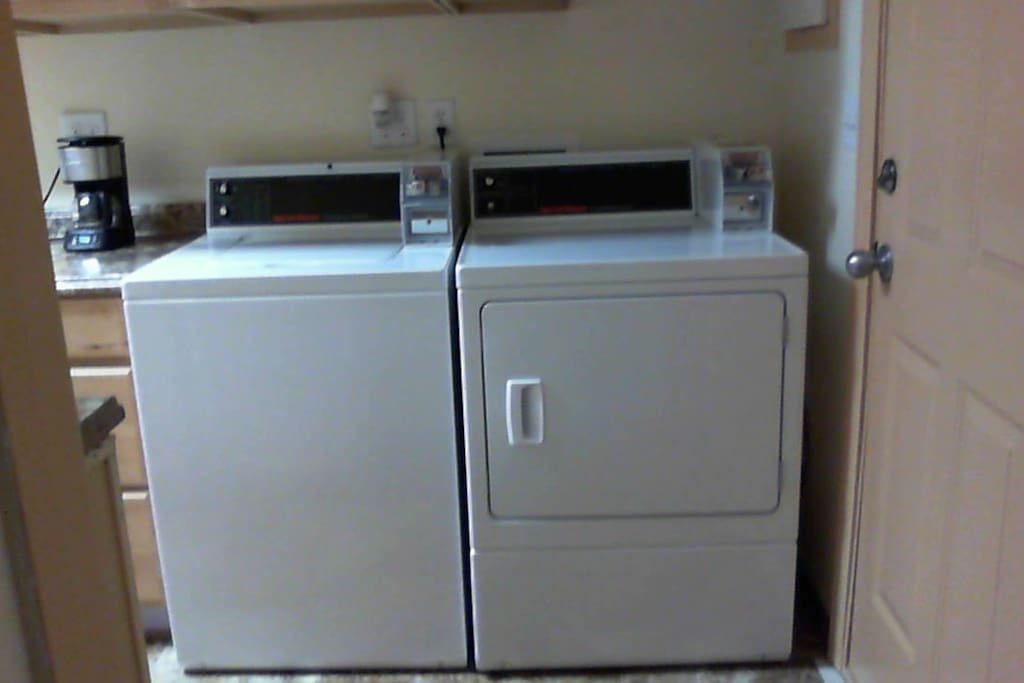 coin opt. commercial washer/dryer
