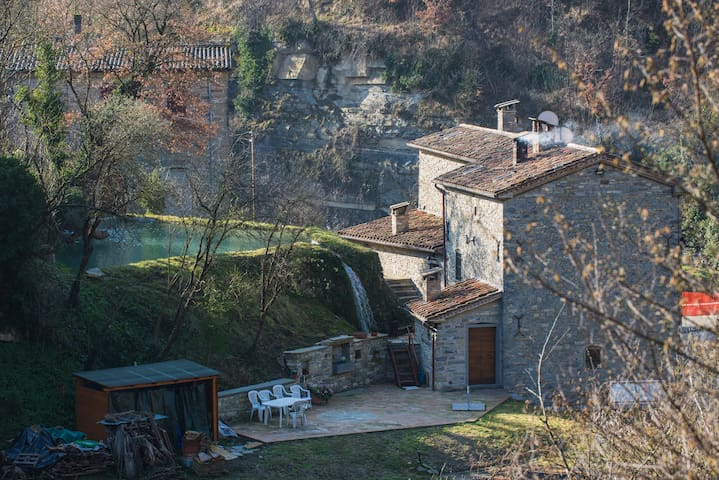 Medieval Watermill of Renzetti - ARCO Apartment