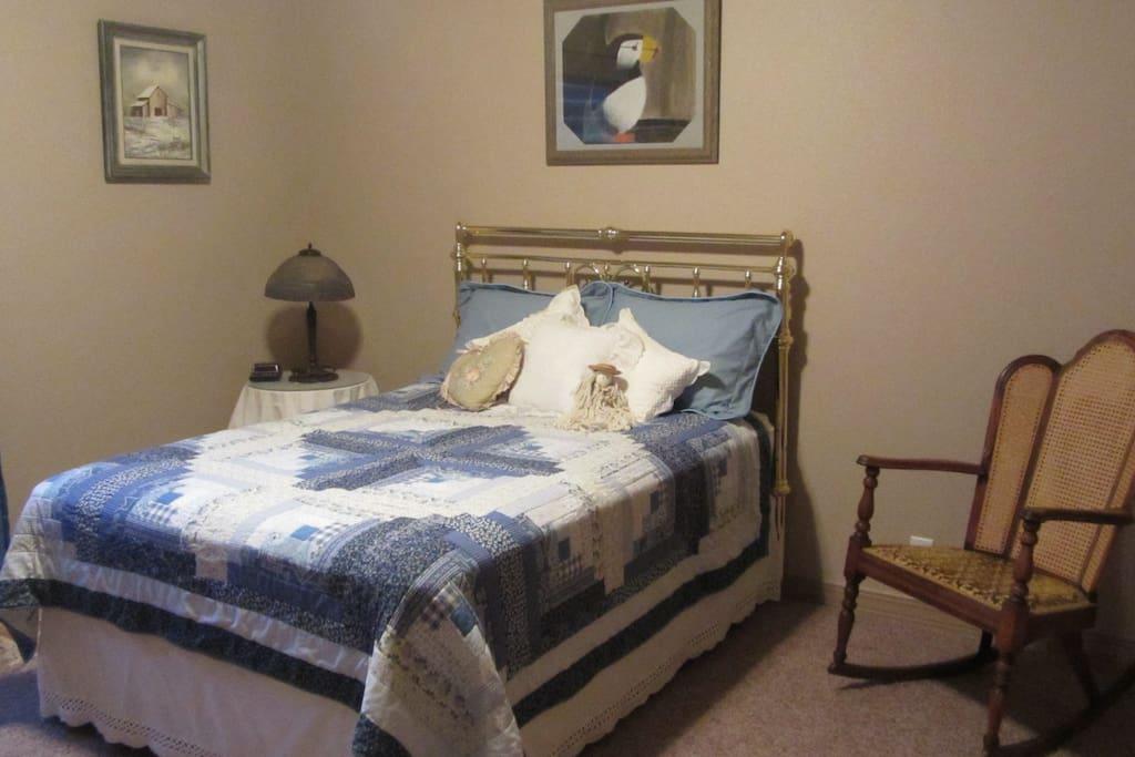 Bedroom 2 - full bed