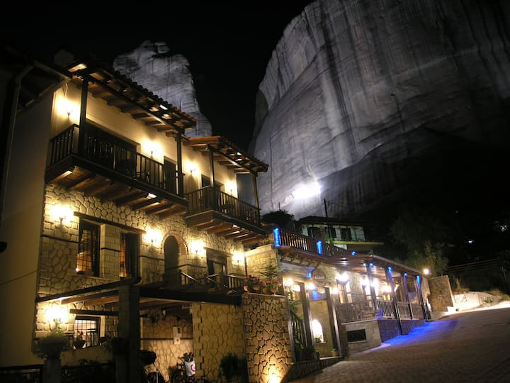 Alsos House-Meteora-Quadruple Room