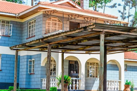 Kitale Home with a View - Holiday in Style