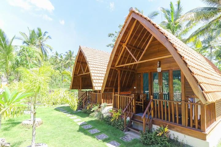 Nyuh Gading Bungalow #1 - Nusa Penida Island