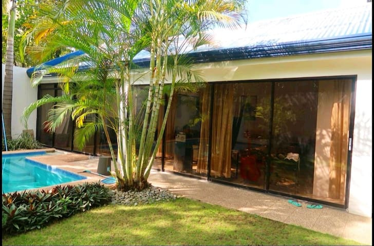 Private Bungalow House w/ 5ft. Pool