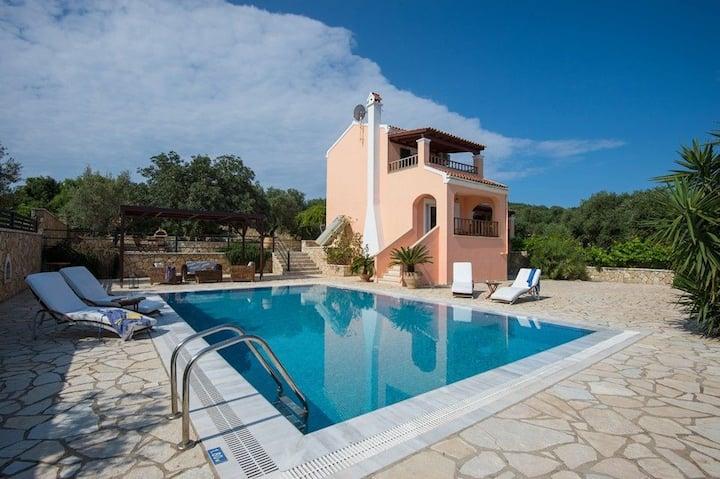 Villa Dimitris (Master Villa with Private Pool)