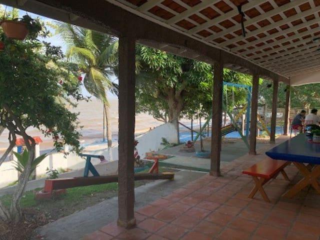 Quarto em casa em frente a praia - Ilha do Marajó.