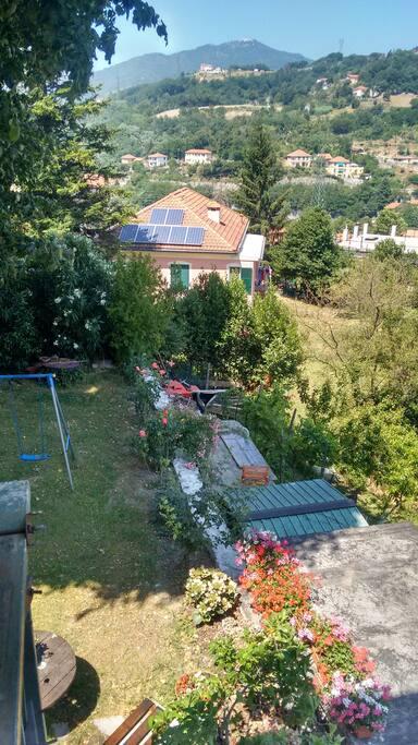 giardino attrezzato con bbq ideale per relax
