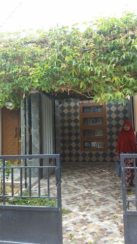 pelita air depok - Pancoran MAS - Huis