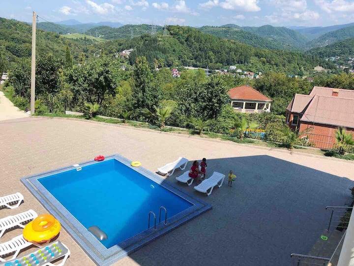 Гостевой дом «На высоте» номер 2.3 с видом на горы