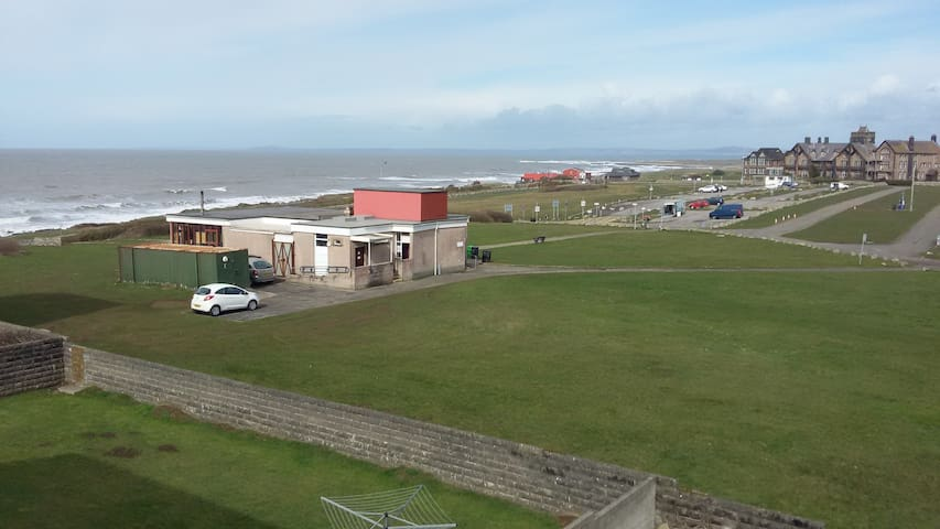 2-bedroom flat with lovely sea views! - Porthcawl - Apartamento