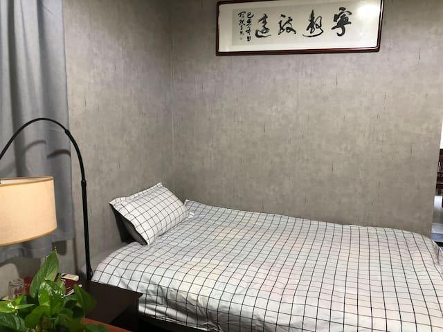 南京珠江路小营靠近总统府南博军总一单室间