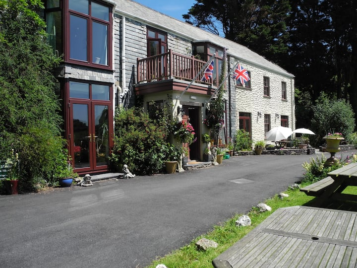 Manor House Hotel near Woolacombe (Rm Darracott)