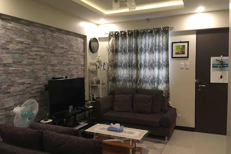 Near Airport☆Free Parking slot☆2BR. Unit- Internet