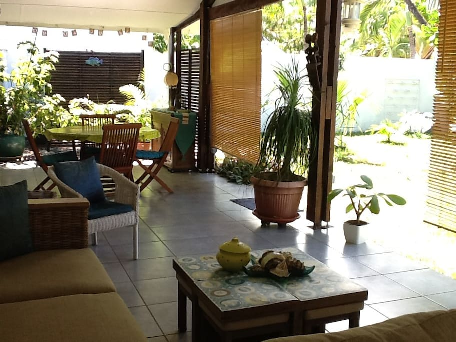 Maison cr ole avec grand jardin maisons louer la - Maison moderne avec jardin saint paul ...