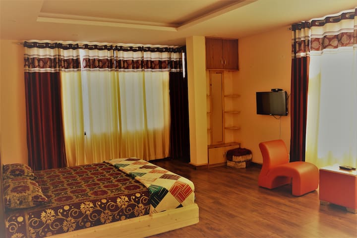 Charming room in countryside of Shimla