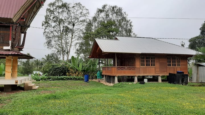 Simple, 2 BR, wood-house, chalet paddyfield view