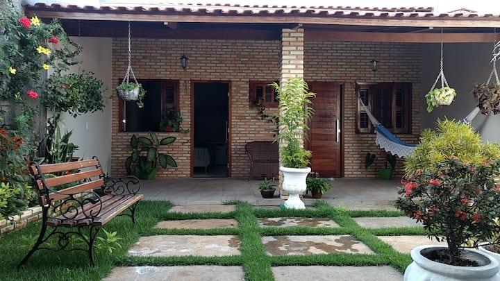 Casa do Tchesko 01 (Viçosa do Ceará)