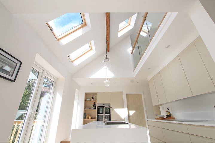 Contemporary beach bungalow - Bournemouth - Bungalow