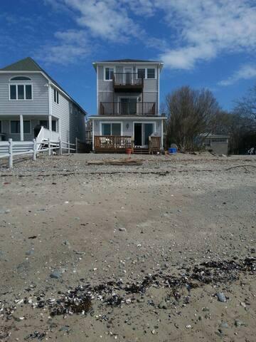 Beach House on sandy beach - Milford - Casa de férias