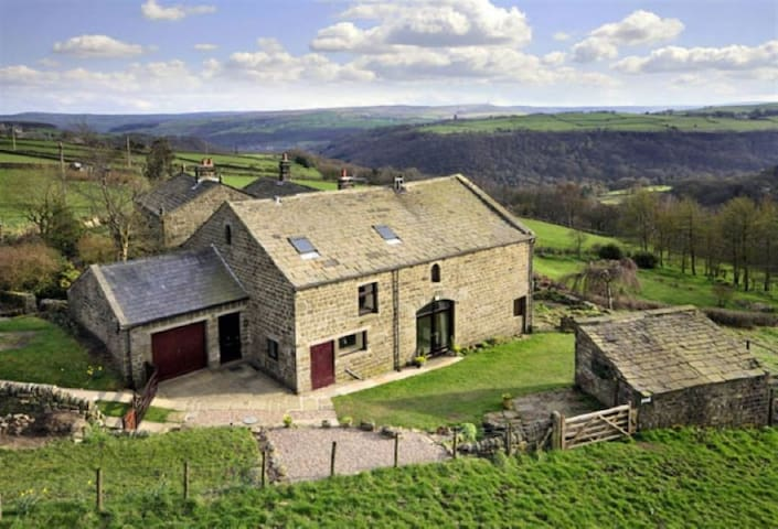 Converted Barn with 6 bedrooms near Hebden Bridge - West Yorkshire - Ev