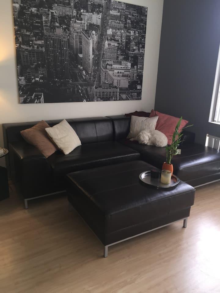 Sweet City Retreat-Urban Loft