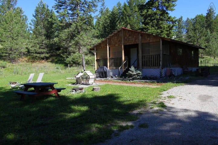Arosa Ranch Cabin