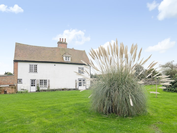 Dovercourt Hall Cottage (BWO)