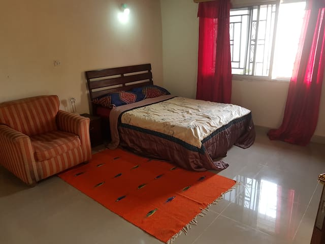 Beautiful rooms in Freetown Hill Station