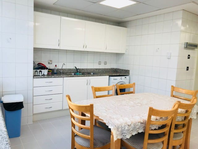FULLY FURNISHED ROOM FOR RENT AT KHALIDYA