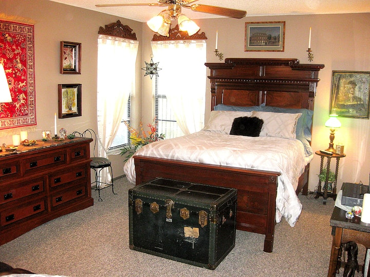 Furnished suite in Tampa area.