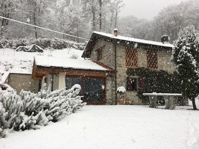 Nice country house 7 km away from lago d'Orta - Gattugno