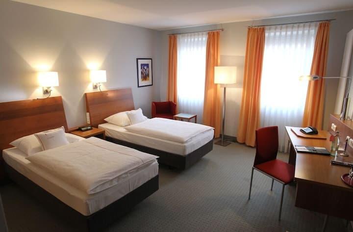 """Hotel """"Am Torturm"""" (Volkach), Doppelzimmer L zur Einzelnutzung"""