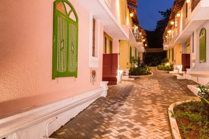 Luxury villa with Private Pool near Anjuna Beach