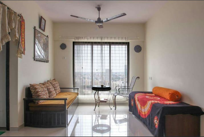 Charming 2 BHK in Paradise-WiFi/Kitchen - Mumbai - Appartement