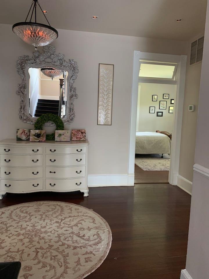 Lilac Full Room