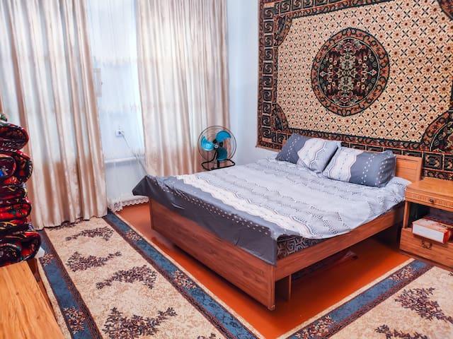 Cozy home at Kyzyl-Kiya | Free Wi-Fi | Park rearby