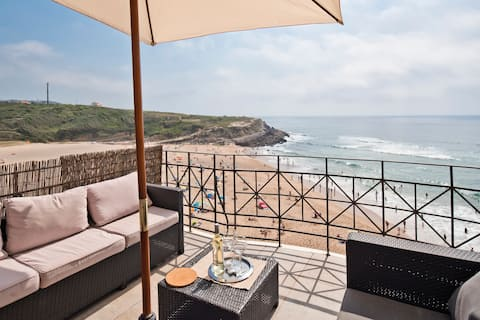Stunning Sea View Rooftop apart for 8 Sintra Coast