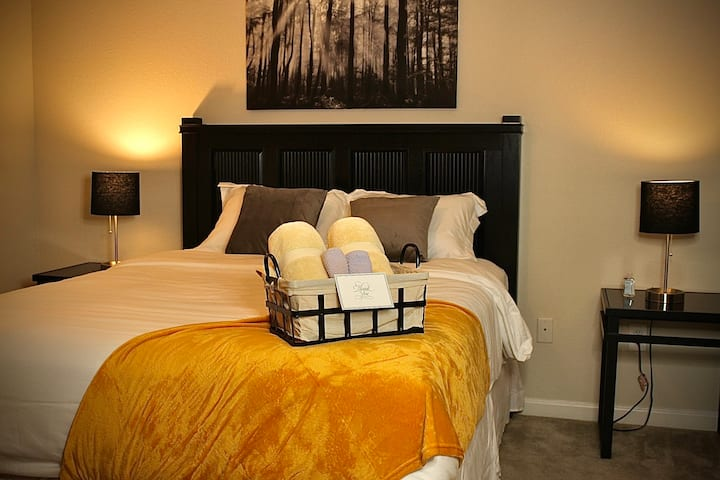 NESTLED HAVEN: MINS from I-20, I-520, & MASTERS