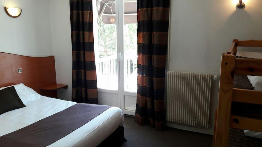 Chambre familiale à deux pas de Chalon sur Saone - Lux - Boetiekhotel