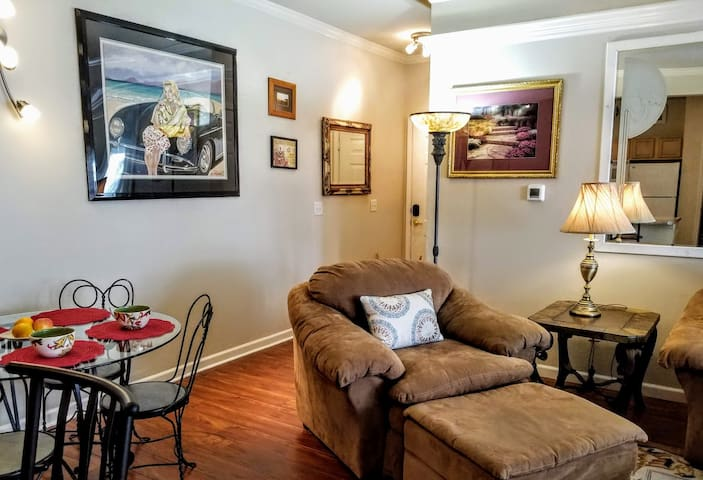 ▲ Furnished 2 BR 2 BA Condo
