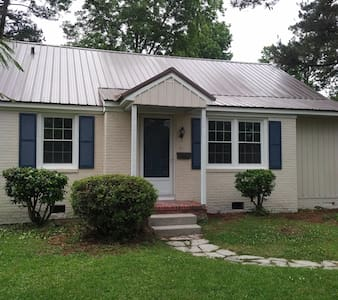 1946 Cottage - Jacksonville