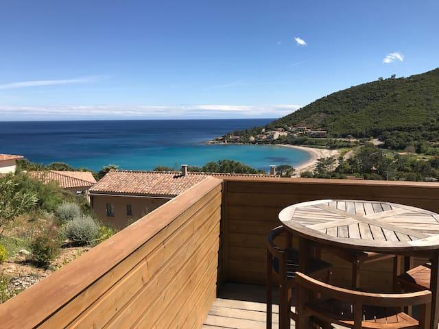 villa 6/8pers vue mer/montagne Tarco corse du sud